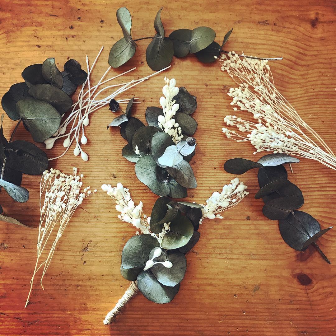 tocado novia flores preservadas